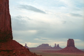 Monument Valley 200