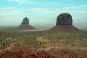 Monument Valley 300